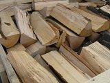 směs tvrdého dřeva